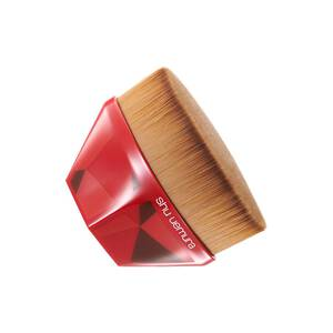 petal 55 foundation brush crafted in japan